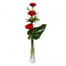 3 Rosas y jarrón de cristal
