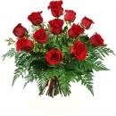 Ramo de 12 Rosas Rojas tallo corto